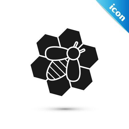 Abeille noire et icône en nid d'abeille isolé sur fond blanc. Cellules de miel. Abeille ou apis avec symbole d'ailes. Insecte volant. Nourriture naturelle sucrée. Illustration vectorielle Vecteurs