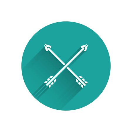 White Crossed arrows icon isolated with long shadow. Green circle button. Vector Illustration Ilustração