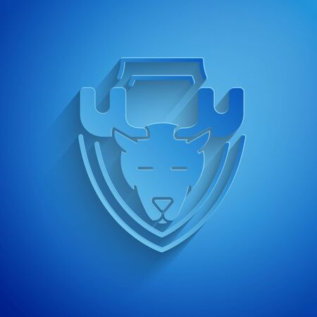 Paper cut Moose head on shield icon isolated on blue background. Hunting trophy on wall. Paper art style. Vector Illustration Иллюстрация