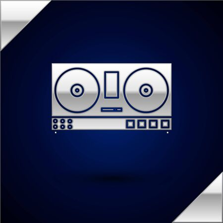 Silver DJ remote for playing and mixing music icon isolated on dark blue background. DJ mixer complete with vinyl player and remote control. Vector Illustration 일러스트