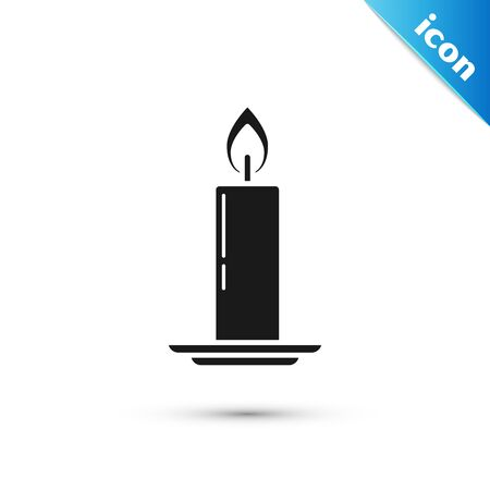 Black Burning candle in candlestick icon isolated on white background. Old fashioned lit candle. Cylindrical candle stick with burning flame. Vector Illustration Ilustração