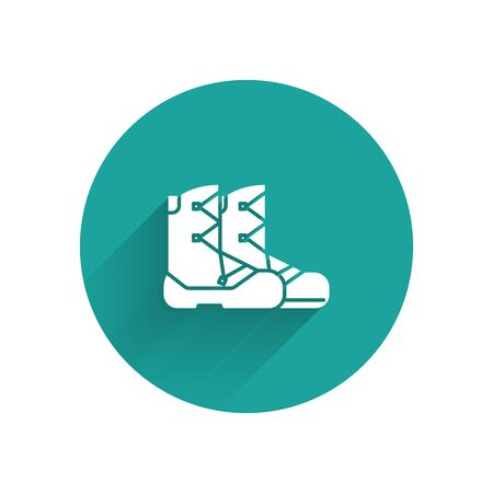 White Boots icon isolated with long shadow. Green circle button. Vector Illustration Stock Illustratie