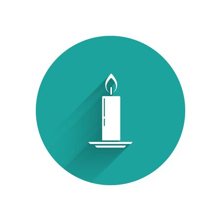 White Burning candle in candlestick icon isolated with long shadow. Old fashioned lit candle. Cylindrical candle stick with burning flame. Green circle button. Vector Illustration Ilustracja