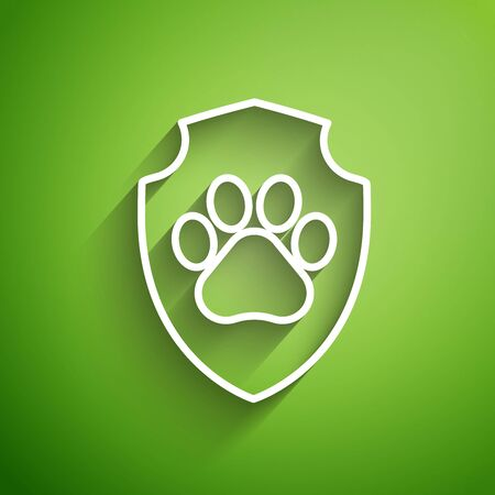 White line Animal health insurance icon isolated on green background. Pet protection icon. Dog or cat paw print. Vector Illustration Ilustração