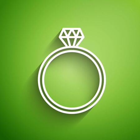 White line Diamond engagement ring icon isolated on green background. Vector Illustration Иллюстрация