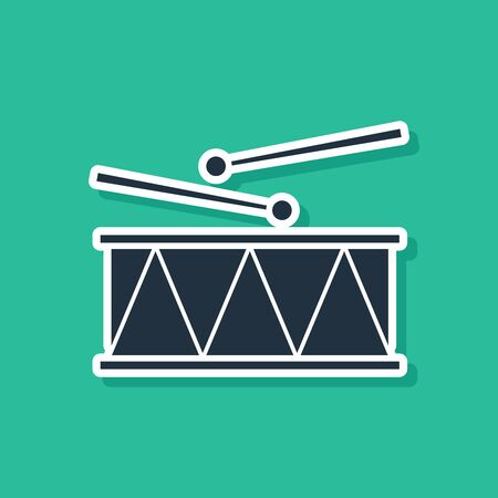 Blue Musical instrument drum and drum sticks icon isolated on green background. Vector Illustration Иллюстрация