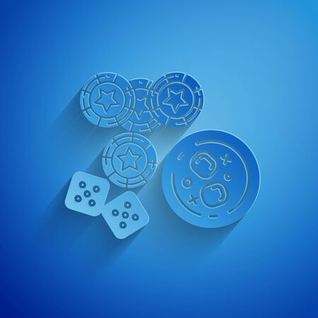Paper cut Casino chips, game dice and glass of whiskey with ice cubes icon isolated on blue background. Casino poker. Paper art style. Vector Illustration 일러스트