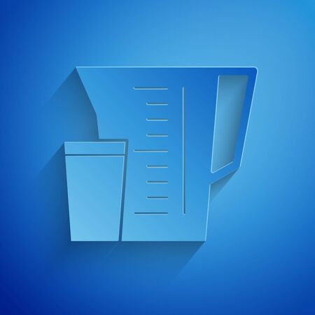 Paper cut Measuring cup to measure dry and liquid food icon isolated on blue background. Plastic graduated beaker with handle. Paper art style. Vector Illustration  イラスト・ベクター素材