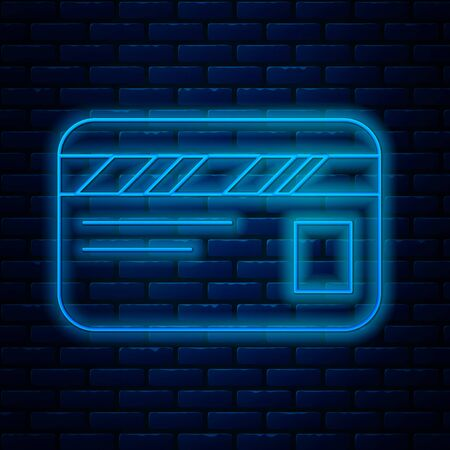 Glowing neon line Credit card icon isolated on brick wall background. Online payment. Cash withdrawal. Financial operations. Shopping sign. Vector Illustration Vectores