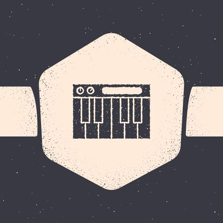 Grunge Music synthesizer icon isolated on grey background. Electronic piano. Monochrome vintage drawing. Vector Illustration Foto de archivo - 134538699