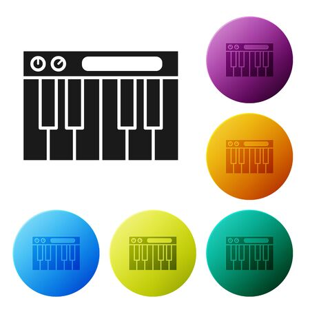 Black Music synthesizer icon isolated on white background. Electronic piano. Set icons colorful circle buttons. Vector Illustration Foto de archivo - 134802498