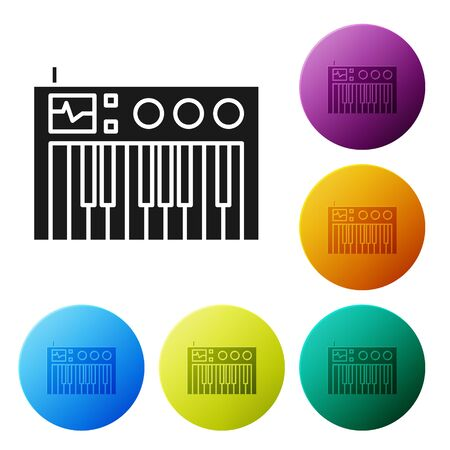 Black Music synthesizer icon isolated on white background. Electronic piano. Set icons colorful circle buttons. Vector Illustration Foto de archivo - 134790443