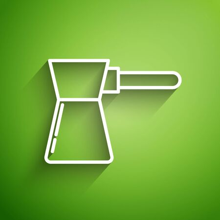 White line Coffee turk icon isolated on green background. Vector Illustration Çizim