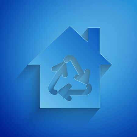 Paper cut Eco House with recycling symbol icon isolated on blue background. Ecology home with recycle arrows. Paper art style. Vector Illustration Ilustração