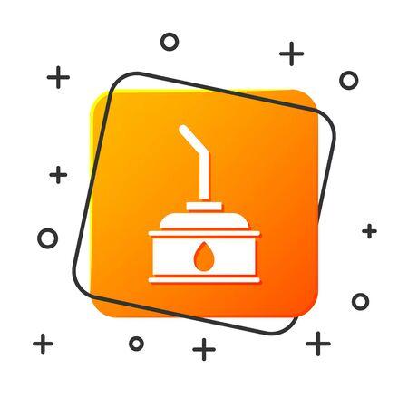 White Canister for motor machine oil icon isolated on white background. Oil gallon. Oil change service and repair. Orange square button. Vector Illustration Foto de archivo - 134879632
