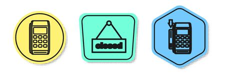 Set line Pos terminal, Hanging sign with text Closed and Pos terminal with inserted credit card. Colored shapes. Vector Stock Illustratie