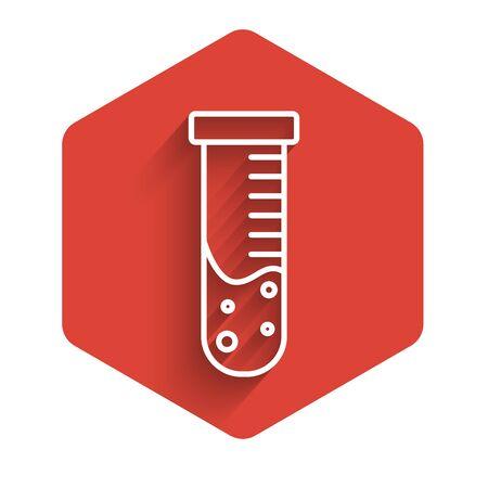 Ligne blanche Tube à essai et flacon icône de test de laboratoire chimique isolé avec ombre portée. Signe de verrerie de laboratoire. Bouton hexagonal rouge. Illustration vectorielle