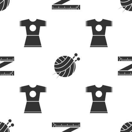 Set Tape measure, Yarn ball with knitting needles and Woman dress on seamless pattern. Vector