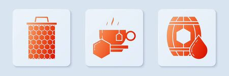 Set Cup of tea with honey, Honeycomb and Wooden barrel with honey. White square button. Vector Ilustração