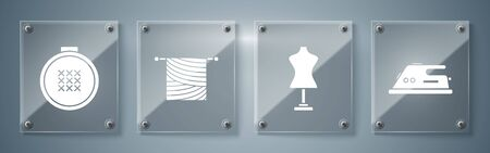 Set Electric iron, Mannequin, Knitting and Round adjustable embroidery hoop. Square glass panels. Vector Ilustração