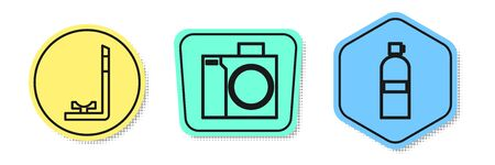 Set line Snorkel, Photo camera for diver and Aqualung. Colored shapes. Vector Zdjęcie Seryjne - 138434990
