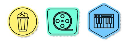 Set line Popcorn in cardboard box, Film reel and Music synthesizer. Colored shapes. Vector Vectores