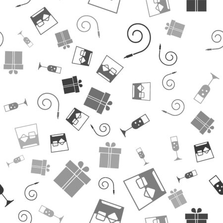 Set Birthday party horn , Glass of whiskey and ice cubes , Glass of champagne  and Gift box  on seamless pattern. Vector Banco de Imagens - 140718701