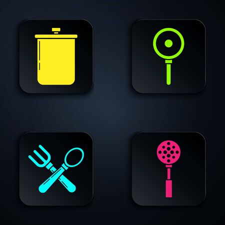 Set Spatula , Cooking pot , Crossed fork and spoon and Frying pan . Black square button. Vector 向量圖像