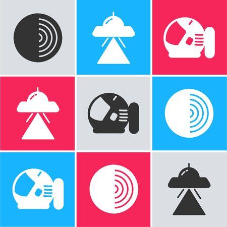 Set Earth structure, UFO flying spaceship and Astronaut helmet icon. Vector Ilustração Vetorial