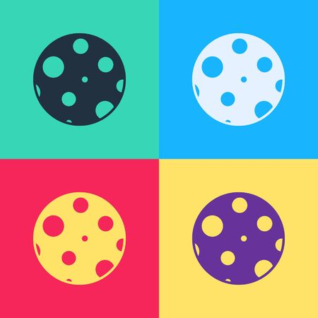 Pop art Moon icon isolated on color background. Vector Illustration 向量圖像