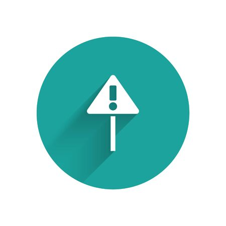 White Exclamation mark in triangle icon isolated with long shadow. Hazard warning sign, careful, attention, danger warning sign. Green circle button. Vector Illustration Иллюстрация