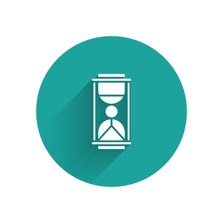 White Old hourglass with flowing sand icon isolated with long shadow. Sand clock sign. Business and time management concept. Green circle button. Vector Illustration Stok Fotoğraf - 147586403