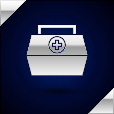 Silver First aid kit icon isolated on dark blue background. Medical box with cross. Medical equipment for emergency. Healthcare concept. Vector Illustration. Ilustração