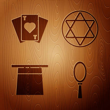 Set Magic hand mirror, Playing cards, Magician hat and Star of David on wooden background. Vector 向量圖像