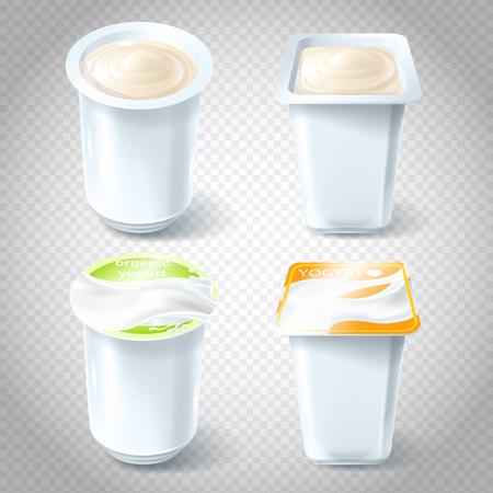 Un insieme di illustrazioni vettoriali di tazze di plastica per l'imballaggio, la conservazione, la vendita di yogurt. Modello, elemento per la progettazione.