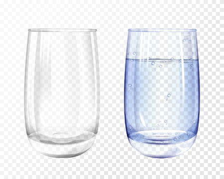 Vector realistic glass empty and cup with blue water on transparent background. 3d glassware for water, juice, bar beverage and soft, alcohol drink. Fragile crockery mockup for restaurant, cafe design Ilustração