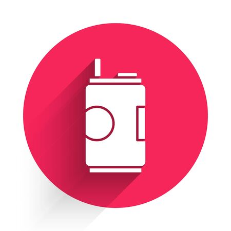 White Soda can icon isolated with long shadow. Red circle button. Vector Illustration Ilustração