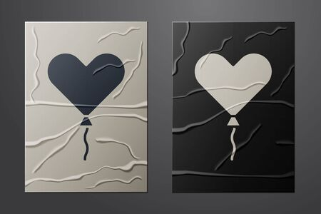 White Balloon in form of heart with ribbon icon isolated on crumpled paper background. Valentines day. Paper art style. Vector Illustration Vettoriali