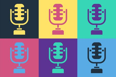 Pop art Microphone icon isolated on color background. On air radio mic microphone. Speaker sign. Vector Illustration Banque d'images - 140534575