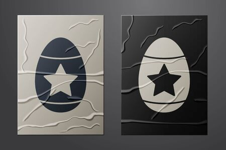 White Easter egg icon isolated on crumpled paper background. Happy Easter. Paper art style. Vector Vettoriali