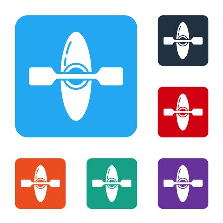 White Kayak and paddle icon isolated on white background. Kayak and canoe for fishing and tourism. Outdoor activities. Set icons in color square buttons. Vector Illustration. Vectores