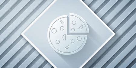 Paper cut Pizza icon isolated on grey background. Fast food menu. Paper art style. Vector Illustration. Vettoriali