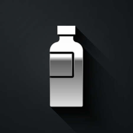 Silver Fitness shaker icon isolated on black background. Sports shaker bottle with lid for water and protein cocktails. Long shadow style. Vector. 向量圖像