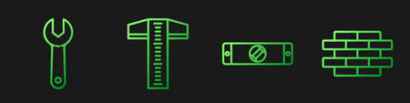 Set line Construction bubble level, Wrench spanner, T-square line and Bricks. Gradient color icons. Vector Ilustração