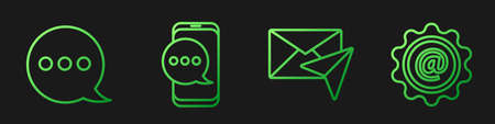 Set line Envelope, Speech bubble chat, Chat messages notification on phone and Mail and e-mail. Gradient color icons. Vector Çizim