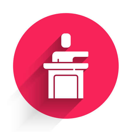 White Speaker icon isolated with long shadow. Orator speaking from tribune. Public speech. Person on podium. Red circle button. Vector Stock Illustratie
