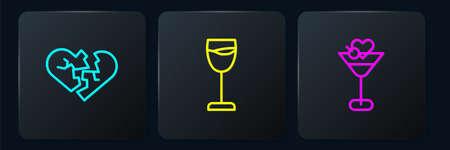 Set line Broken heart or divorce, Martini glass and Wine. Black square button. Vector Archivio Fotografico - 167329256