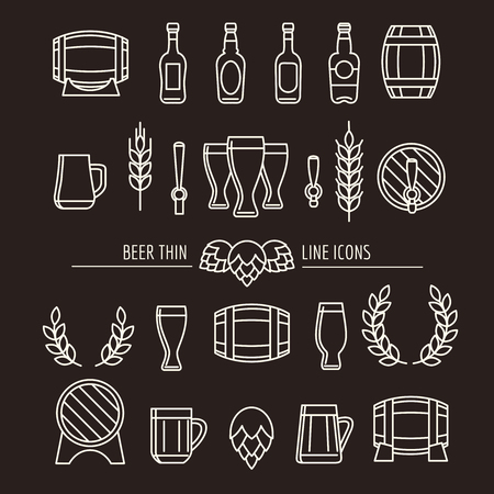 Beer thin line icons. Brewery outline signs with beer mug and beer bottle, brewing hops and beer barrels. Vector illustration Ilustração