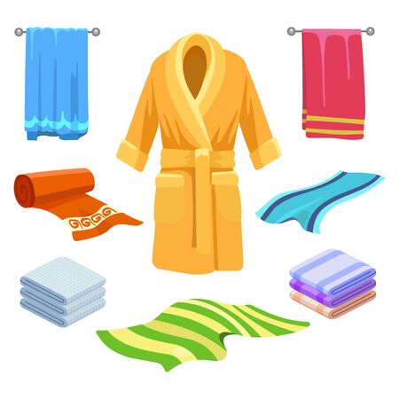 Dibujo de toalla y albornoz. Doodle ropa de baño, albornoces y zapatillas ropa dibujada a mano ilustración vectorial en blanco
