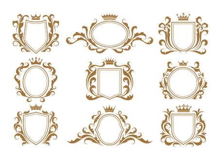Luxury monogram shields. Vettoriali